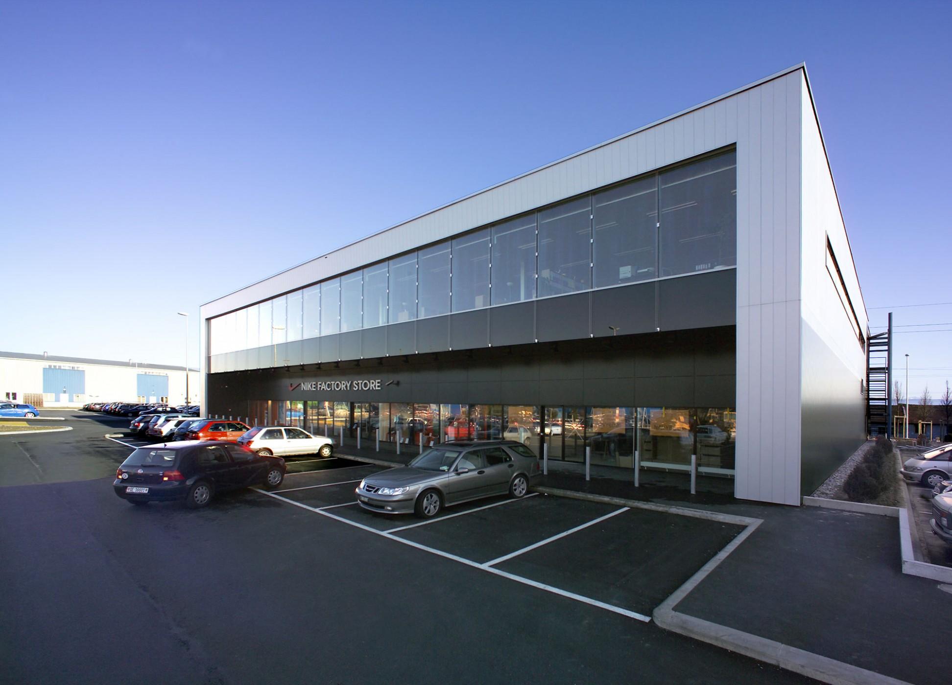 Concept Consult Architectes 187 Centre Commercial